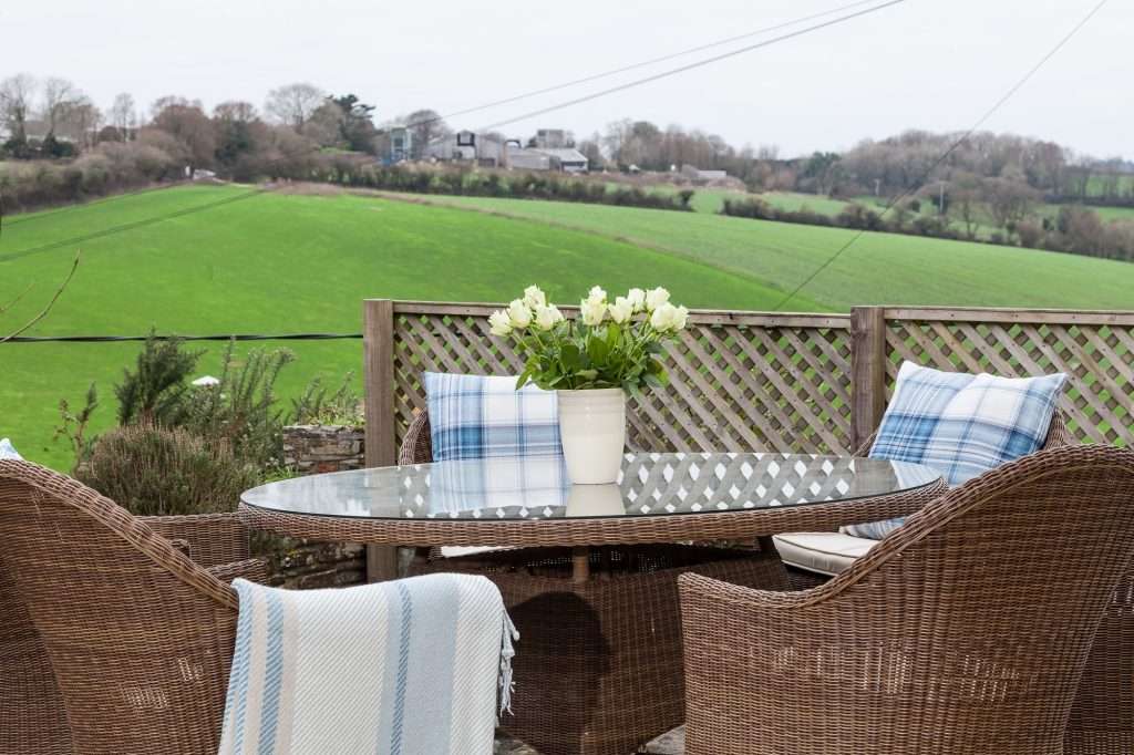 Honeysuckle House | Luxury Dog Friendly Cottage Cornwall